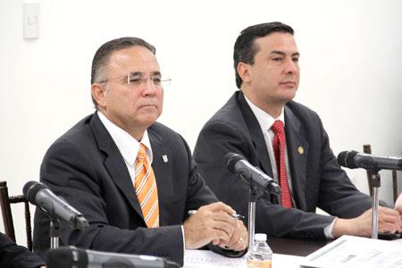 1055_CongresoTamaulipas_27-11-2013_01